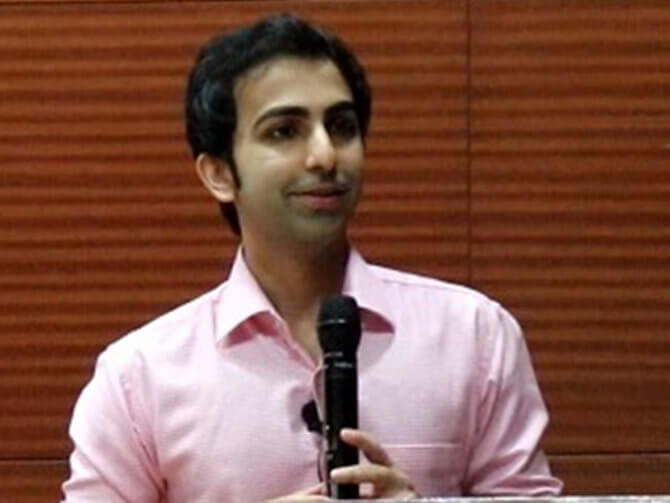 World Billiard Champion Pankaj Advani shares his success journey with Oakridge school students